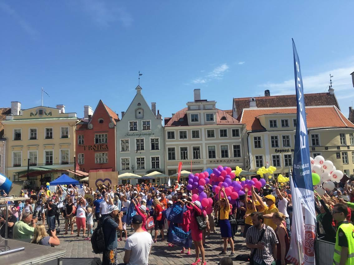 Melu raekojaplatsil_Rat Race Tallinn 2016